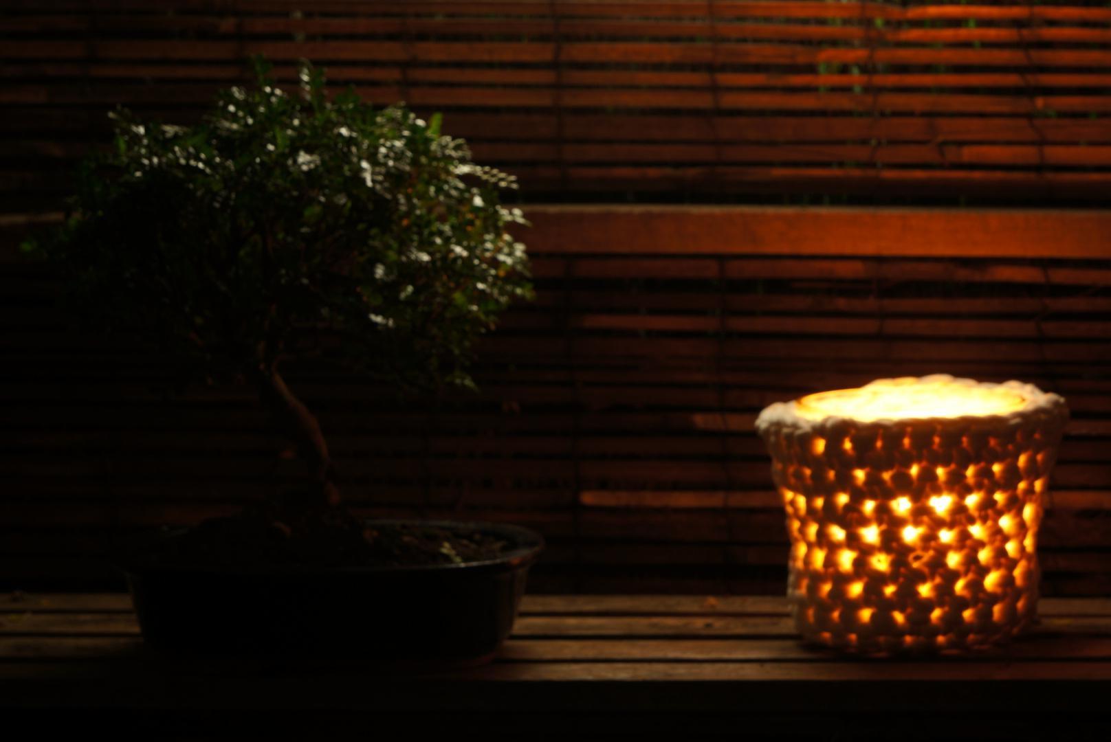 Read more about the article De retour avec un cache-pot et un pouf au crochet et au fil Zpagetti